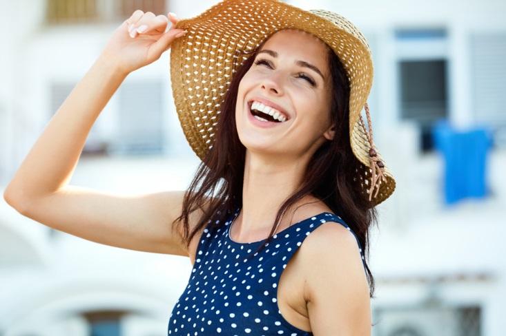 Pilihan Skincare untuk Kulit Kering Selama Liburan