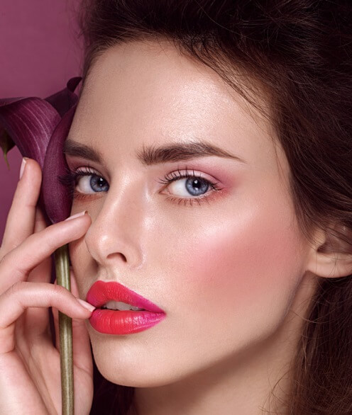 Running Late? Do This 7-Minutes Makeup Dash